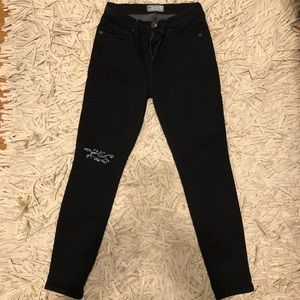 Free People Black Ripped Jeans 👖